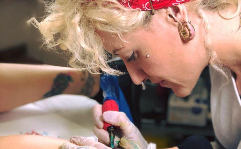 """El tatuaje y anillado corporal, """"Aplicaciones modernas de una  técnica ancestral"""""""